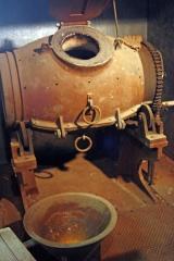 Retort furnace