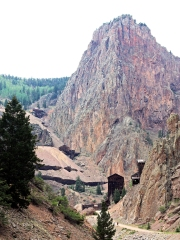 Ruins of mines in West Willow Creek Canyon. The Bachelor Mine is high up on the hillside and the Commodore Mine at the bottom.