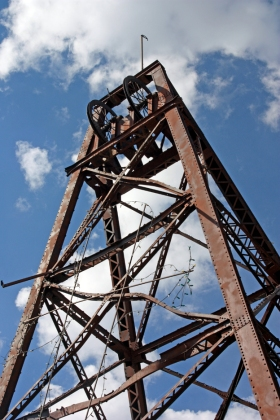 Steel Headframe for the Vindicator Mine