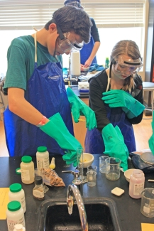 Making pigments in the lab at Walden School