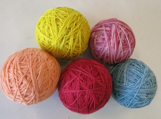 dyed-yarn-balls