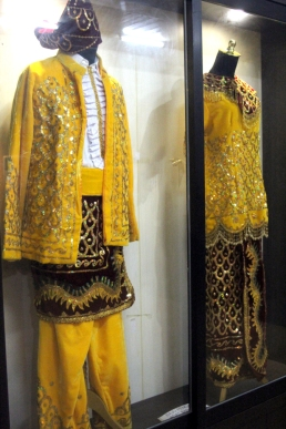 Banjar wedding clothes
