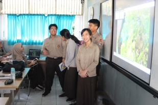 Biology presenters