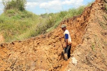 Digging mud