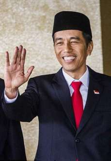 President-Joko-Widodo with hat