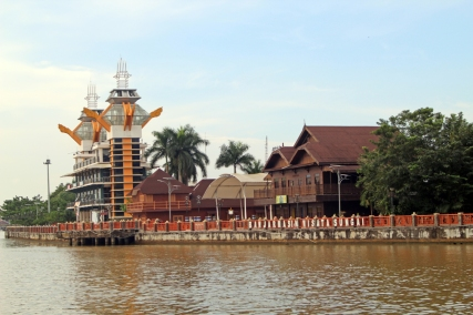 Siring tower and oldest house
