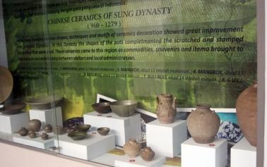Sung dynasty bowls