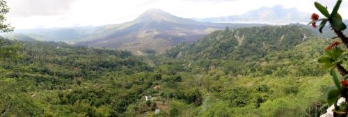 Batur caldera panorama-s