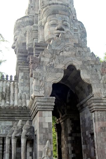 Buddha head temple with elephants