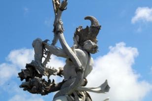 Giant goddess