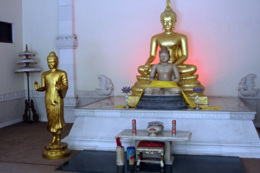 Golden Buddhas in temple