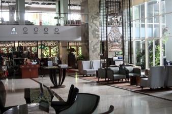 Jambuluwuk lobby