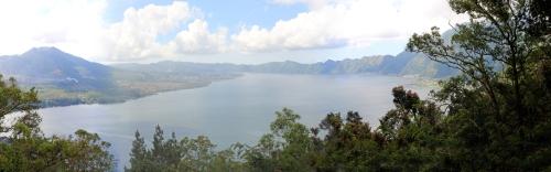 Lake Batur panorama-s