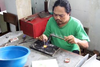 Making silver grains