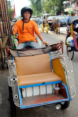 Motorized becak