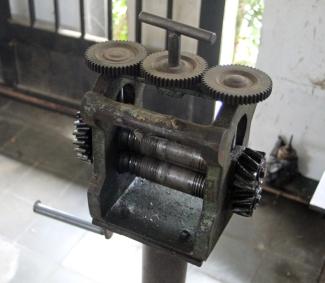 Silver plate press