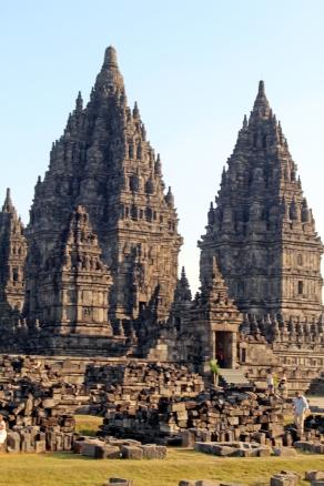 Temple complex gate